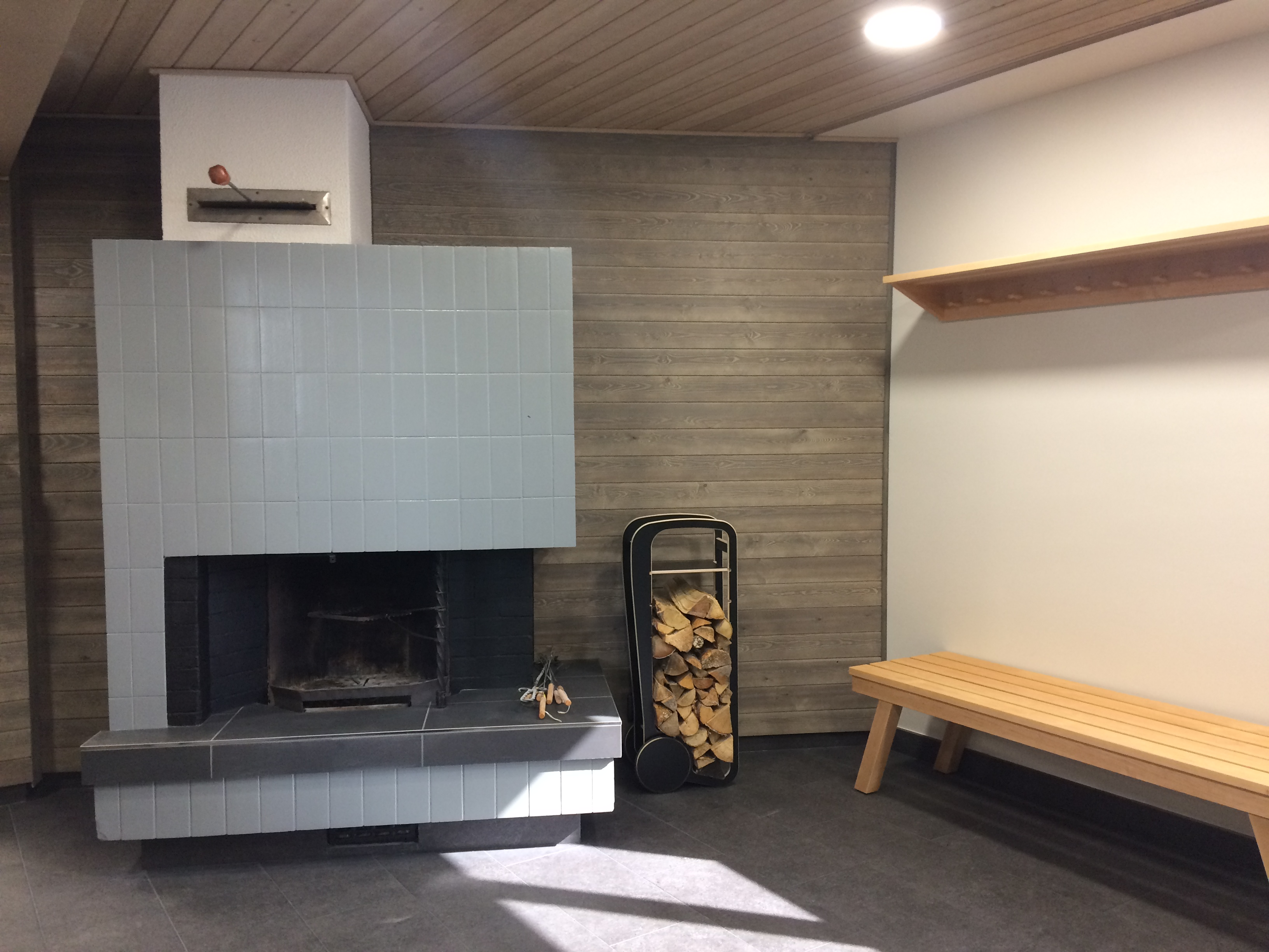 fleimio trolley original (black) in new Pajulahti sauna's fireplace room #3