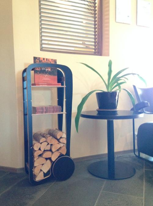 fleimio trolley in Krapi hotel reception