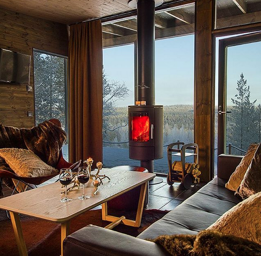 arctic treehouse hotel suites with fleimio mini trolleys